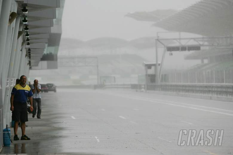 Rain, Sepang MotoGP Test 28 - 30 November 2005