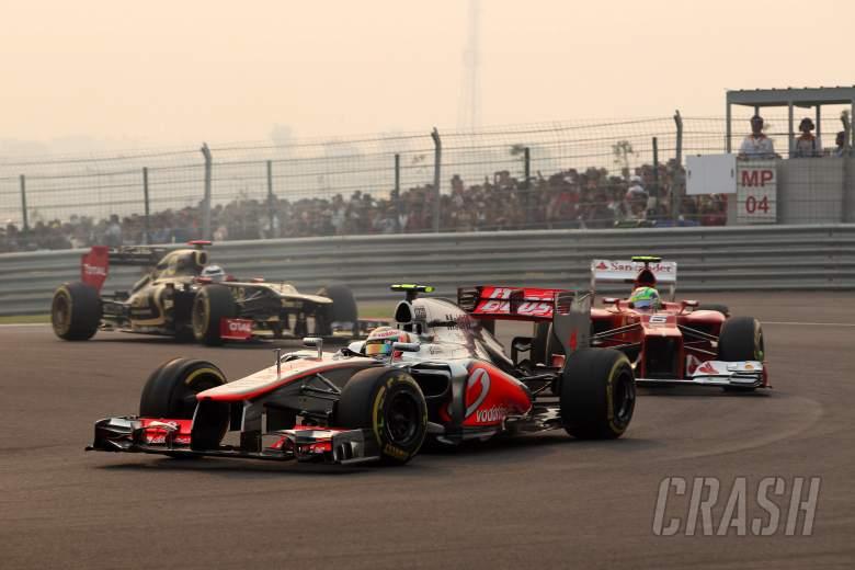28.10.2012- Race, Lewis Hamilton (GBR) McLaren Mercedes MP4-27 leads Felipe Massa (BRA) Scuderia Fer