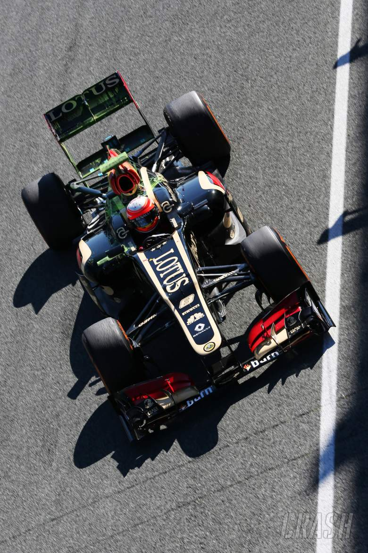 Romain Grosjean (FRA) Lotus F1 E21.