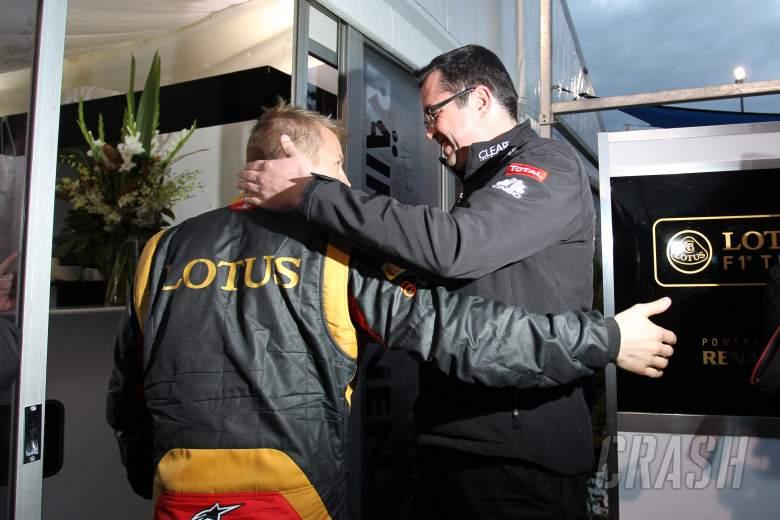 17.03.2013- Celebration, Kimi Raikkonen (FIN) Lotus F1 Team E21 race winner with Eric Boullier (FRA)