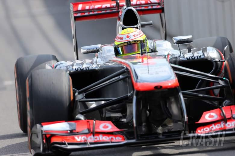 23.08.2013- Free Practice 2, Sergio Perez (MEX) McLaren MP4-28