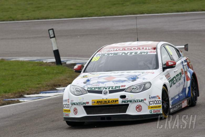 Jason Plato (GBR) MG KX Momentum Racing MG6