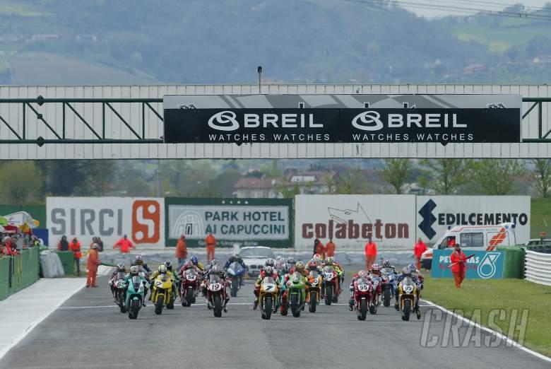 Start, Race1, WSS Misano, 16-18/4/04