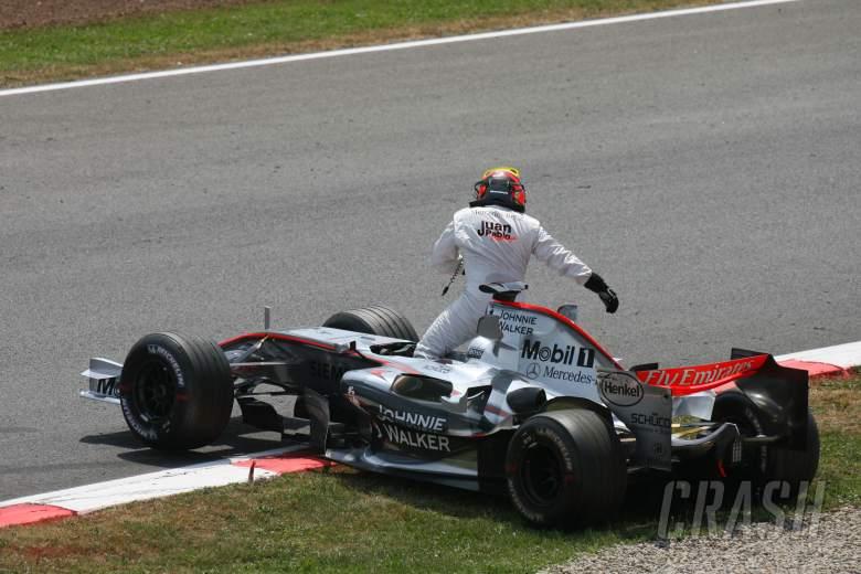 14.05.2006 Granollers, Spain, Juan-Pablo Montoya (COL), Juan Pablo, McLaren Mercedes - Formula 1 Wor