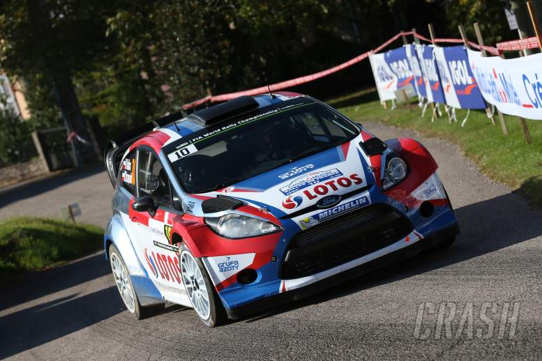 Kubica crashes out in final test