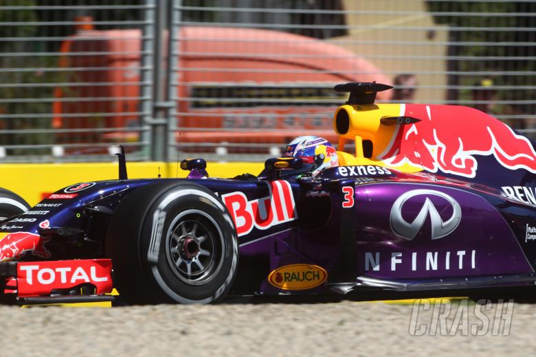 Frustrated Ricciardo on back foot after missing FP2