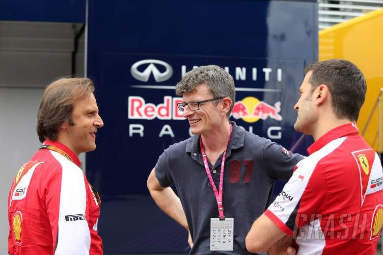 Ex-Ferrari engineer Dyer moves to Renault
