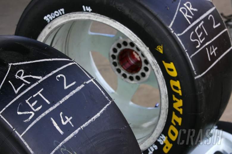 , , Dunlop TyresRd 6 V8 SupercarsQld RacewayIpswichAust 23rd Jul 2006