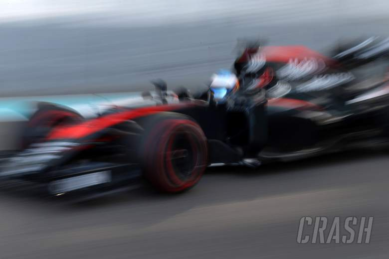 Dennis retains 'robust' attitude on McLaren sponsor 'rate card'