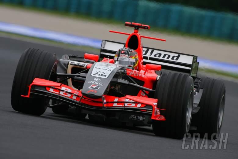 04.08.2006 Budapest, Hungary, Tiago Monteiro (POR), Midland MF1 Racing, Toyota M16 - Formula 1 World