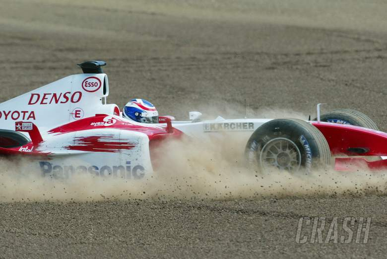 Olivier Panis crashes  ut, Spanish GP, Sunday 9/5/04
