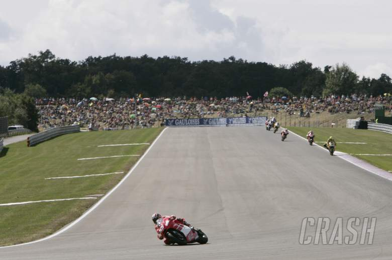 Capirossi leads, Czech MotoGP Race, 2006