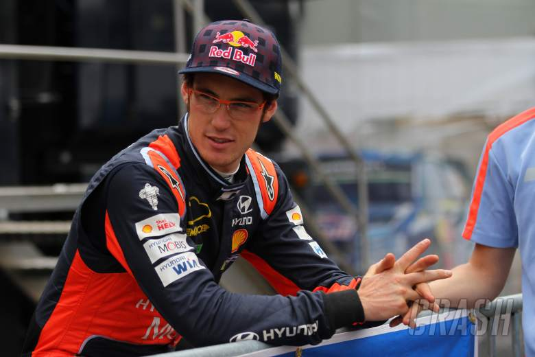 Portugal a disaster - Neuville