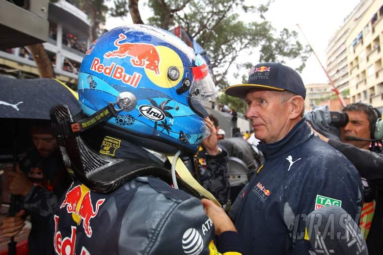 Horner explains Ricciardo pit blunder, takes blame