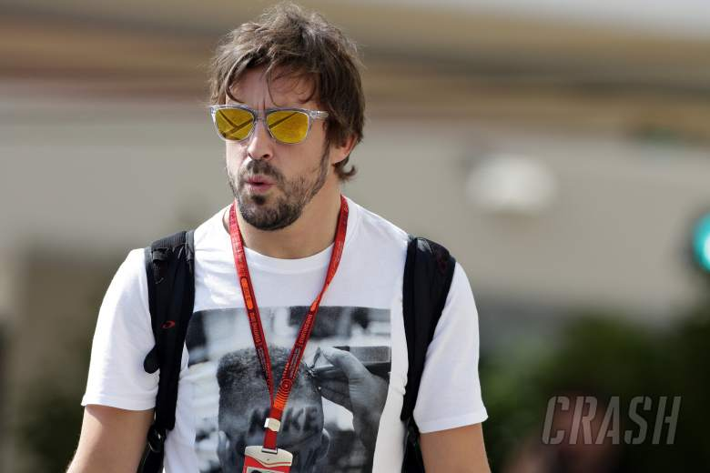 """McLaren to start Alonso contract talks """"a few races"""" into 2017"""