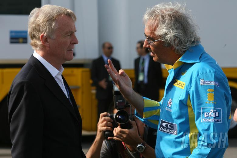 09.09.2006 Monza, Italy,  Max Mosley (GBR), FIA President and Flavio Briatore (ITA), Renault F1 Tea