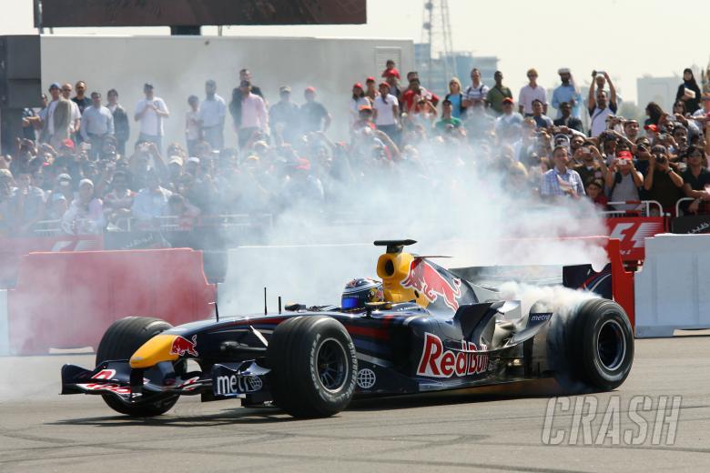 Michael Ammermuller, Red Bull Racing at the Abu Dhabi F1 Festival, UAE. February 3rd 2007.