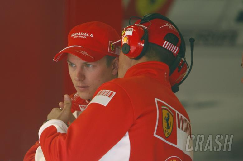 Kimi Raikkonen, Michael Schumacher, Ferrari, Barcelona F1 Test 14/2/07