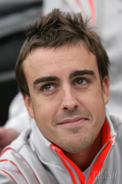 Fernando Alonso (ESP) McLaren MP4/22, Canadian F1 Grand Prix, Montreal, 8th-10th, June 2007