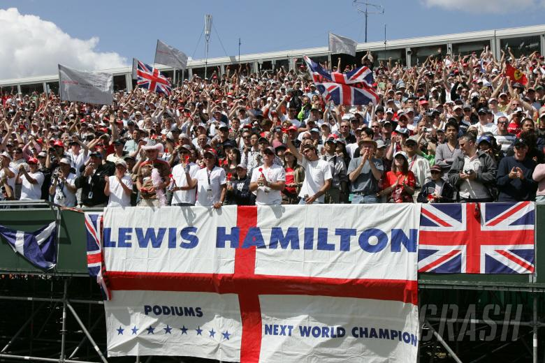 Lewis Hamilton fans.British Formula One Grand Prix.Silverstone, UK.July 8th 2007.