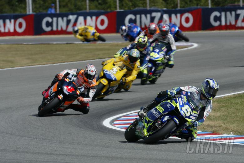 Gibernau, Barros, Biaggi et al, Czech MotoGP, 2004