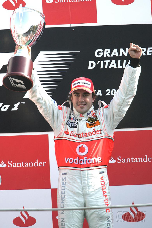 Fernando Alonso (ESP) McLaren MP4/22, Italian F1, Monza, 7-9th, September 2007