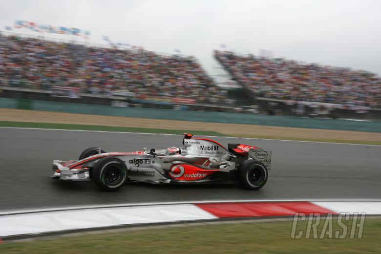 Fernando Alonso (ESP) McLaren MP4/22, China F1, Shanghai, 5-7th, October 2007