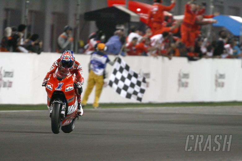 Stoner takes Chequered Flag, Qatar MotoGP Race 2008