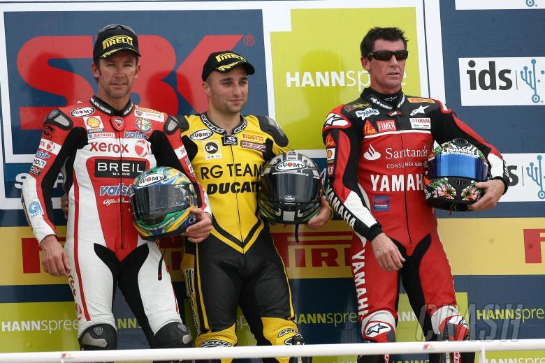 Bayliss, Lanzi, Corser, Valencia WSBK Race 1 2008
