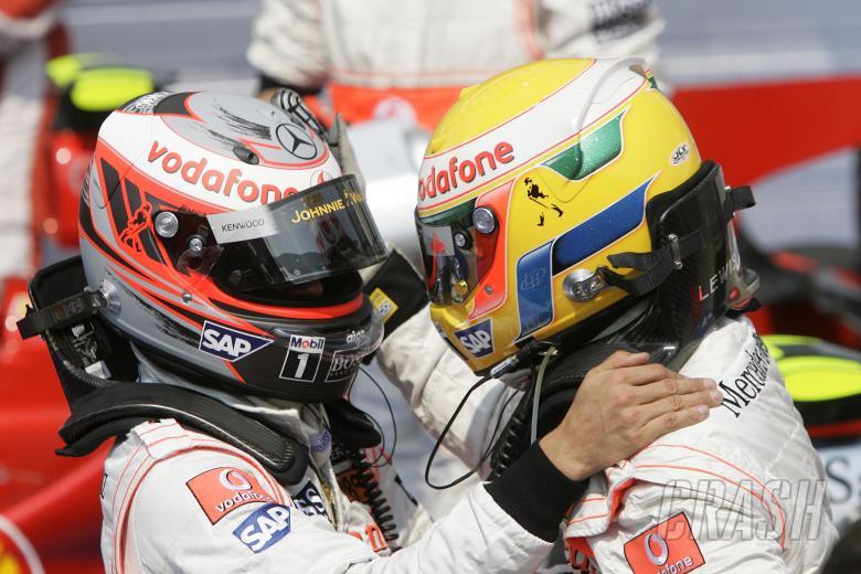 Heikki Kovalainen (FIN) McLaren MP4-23, Lewis Hamilton (GBR) McLaren MP4-23, Hungarian F1, Hungarori