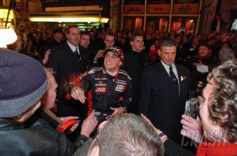 New Minardi F1 recruit, Christian Albers meets his fans during the `Amsterdam parade`.