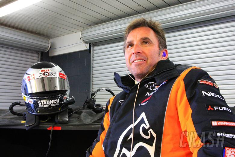 Paul Radisich (nz) HSV Dealer Team Holden Driver L& H 500, Rd 9 V8 Supercars Phillip Island Gran