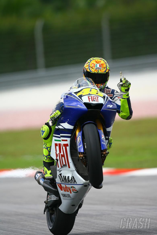 Rossi wheelies and waves, Malaysian MotoGP 2008