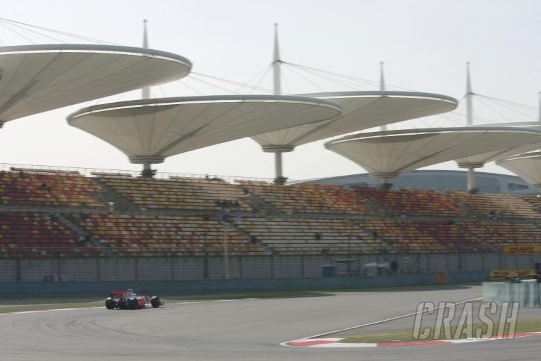 Lewis Hamilton (GBR) McLaren MP4-24, Chinese F1 Grand Prix, Shanghai, 17th-19th, April 2009
