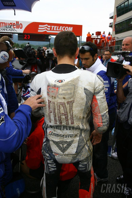 Lorenzo on the grid after crash, Italian MotoGP Race 2009