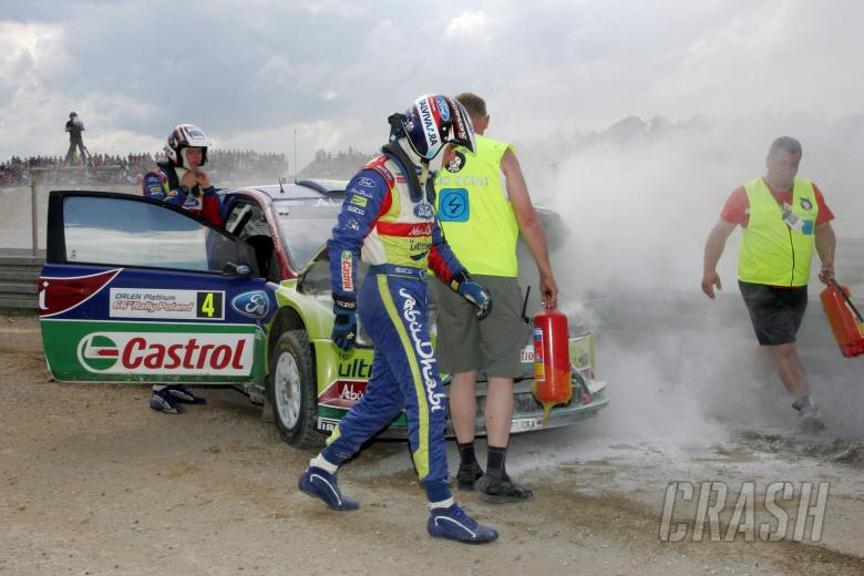 crash, Jari-Matti Latvala (FIN) Miikka Anttila(FIN), Ford Focus RS WRC08, BP Ford Abu Dhabi World Ra