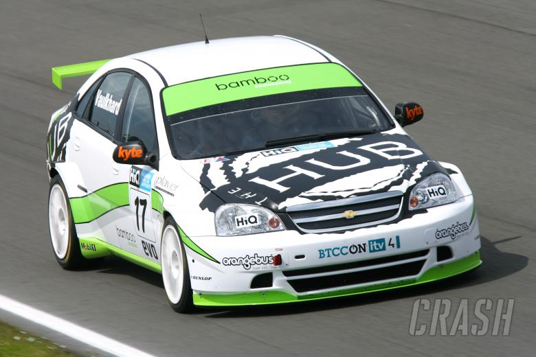Harry Vaulkhard (GBR) - Bamboo Engineering Chevrolet Lacetti