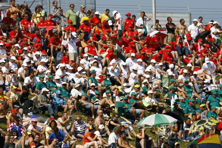 Talmacsi fans, Czech 125GP 2009