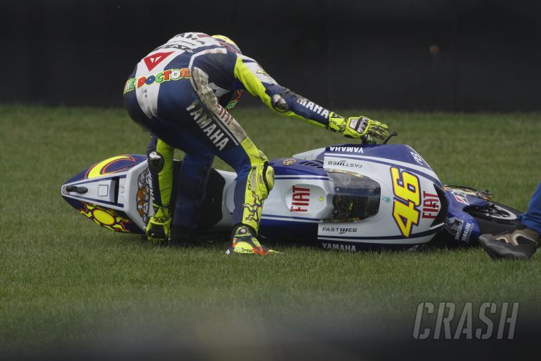 Rossi crashes, Indianapolis MotoGP 2009
