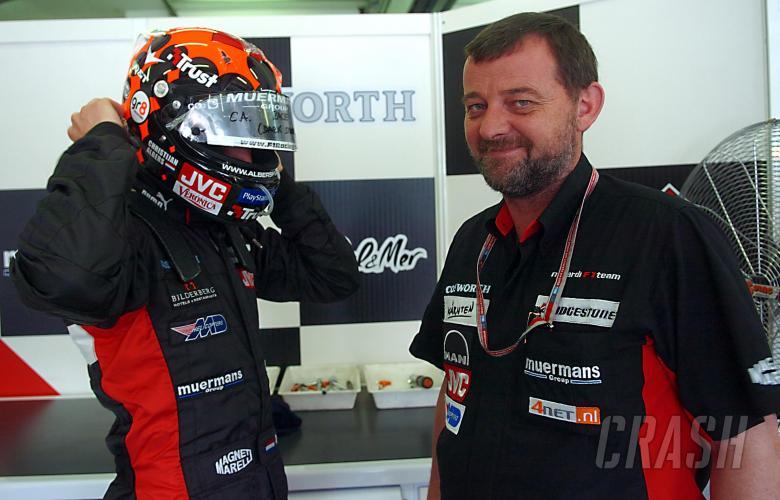 Christijan Albers with Minardi boss Paul Stoddart before the Malaysian GP