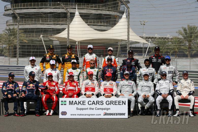 14.03.2010 Sakhir, Bahrain, 2010 Drivers group pictures - Formula 1 World Championship, Rd 1, Bahra