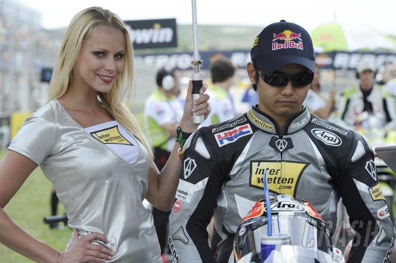 Aoyama, Spanish MotoGP Race 2010, Babe