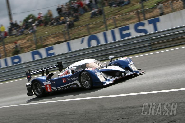 TEAM PEUGEOT TOTAL PEUGEOT 908; Nicolas MINASSIAN (FRA) Stéphane SARRAZIN (FRA) Franck MONTAGNY (FRA