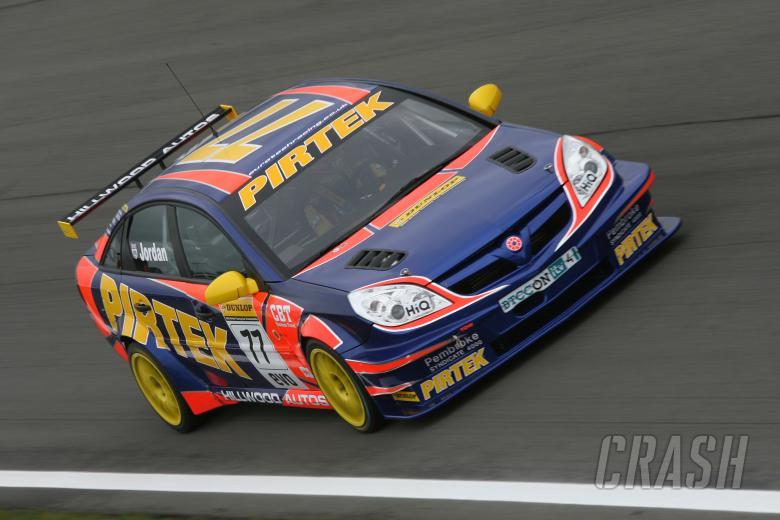 Andrew Jordan (GBR) - Pirtek Racing Vauxhall Vectra