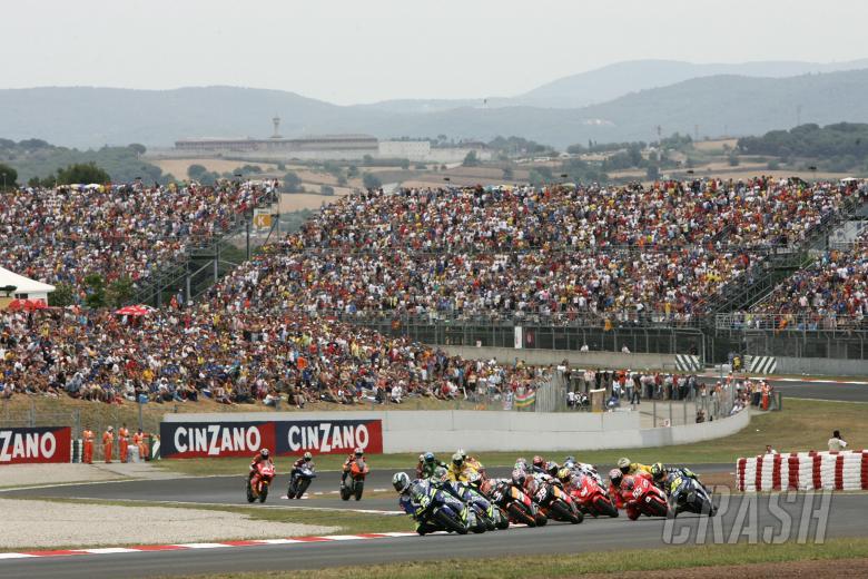 Start, Catalunya MotoGP Race 2005