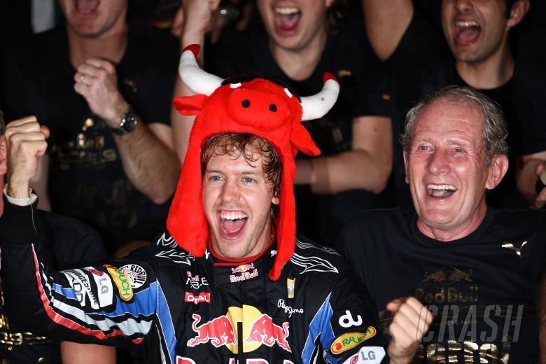 Celebration, Sebastian Vettel (GER), Red Bull Racing, RB6 race winner and 2010 champion