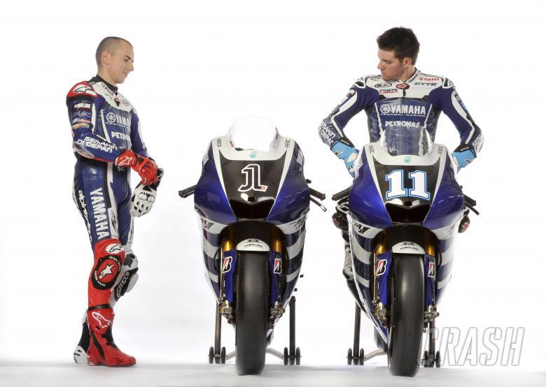 Lorenzo and Spies, Sepang MotoGP tests, 22-24 February 2011, photo courtesy of Yamaha