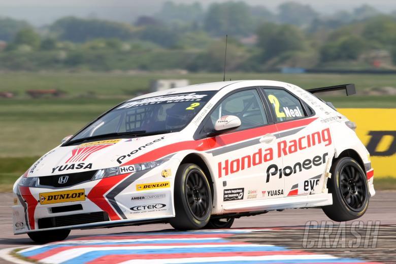 Matt Neal (GBR) Honda Racing Honda Civic