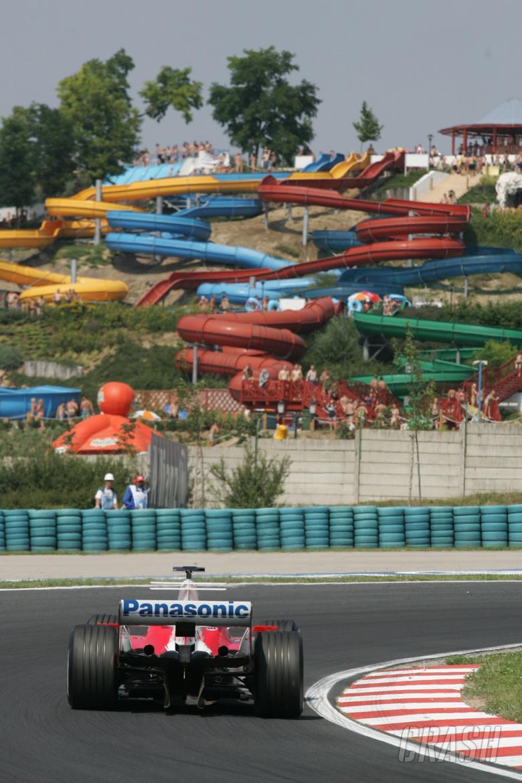 Jarno Trulli - Toyota TF105