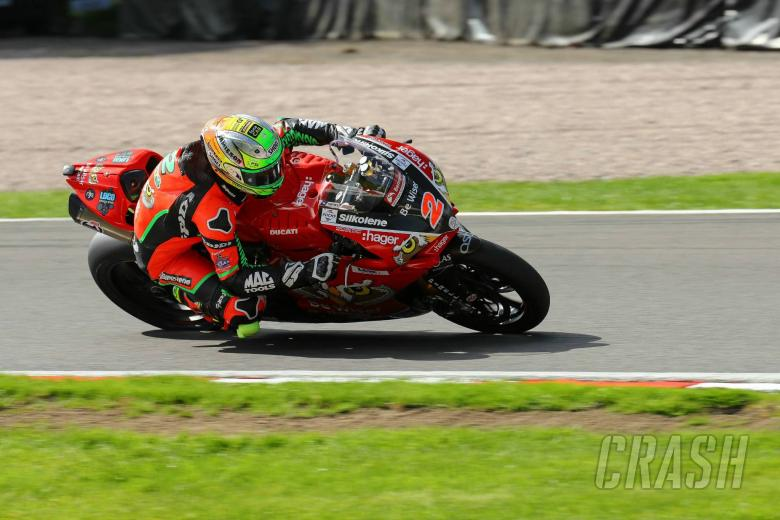 British Superbikes: Irwin takes pole ahead of Brookes